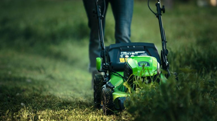 Are electric lawn mowers any good? Read article before buying