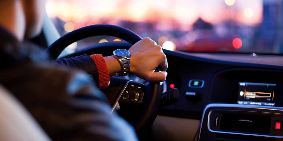 7 Bad Driving Habits That Can Lead to Car Damage